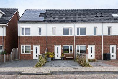 Patalenastraat 15, Naaldwijk