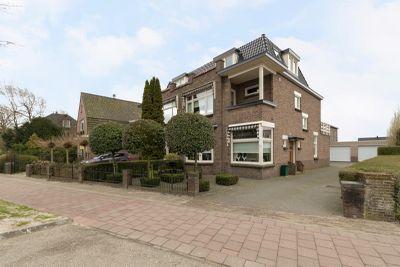 Haarlemmerstraat 11 -11A, Hillegom