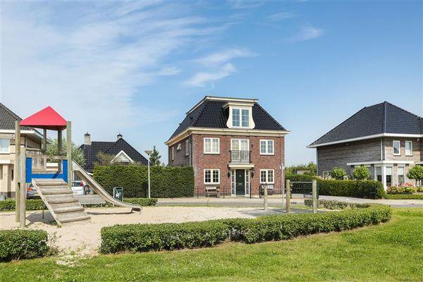 Sonar 9, Almere