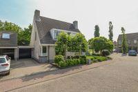 Arnold van Lieropstraat 22, Steenbergen