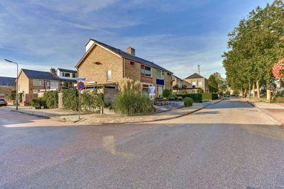 Anna van Burenstraat 23, Lopik