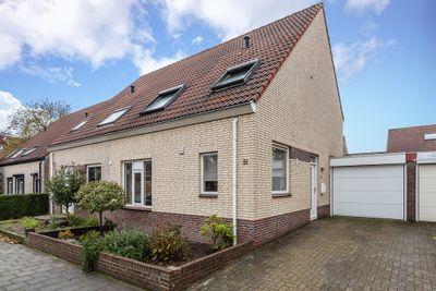 Rijnlaan 51, Helmond