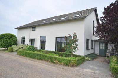 Lochterweg 8, Budel-Schoot