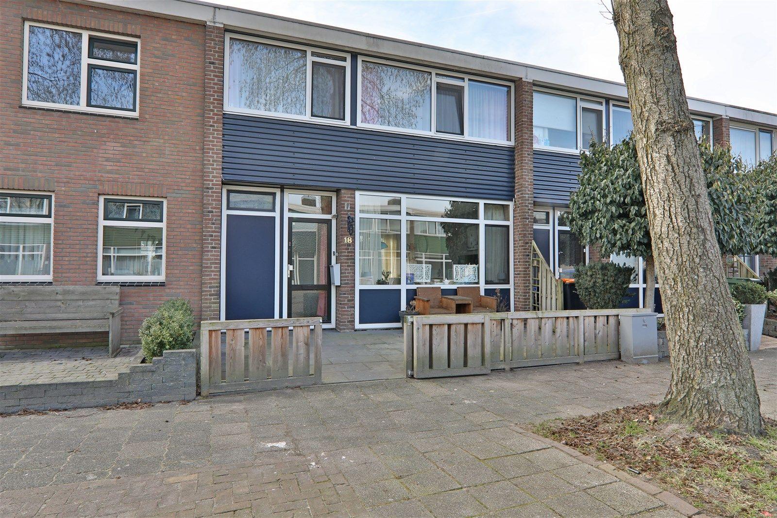 Resedastraat 18, Hoogeveen