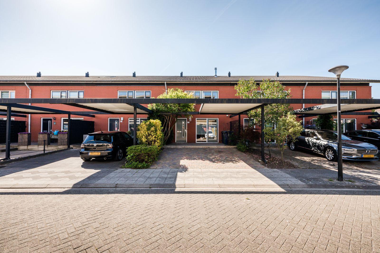 Woestduijnstraat 24, Almere