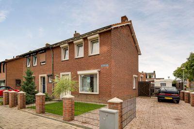 Beatrixlaan 21, Roermond