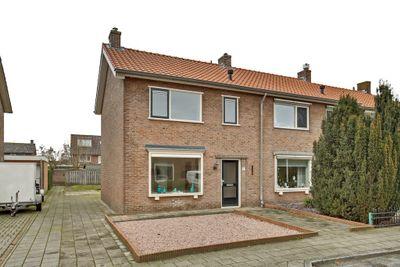 De Ruyterstraat 5, Nijkerk