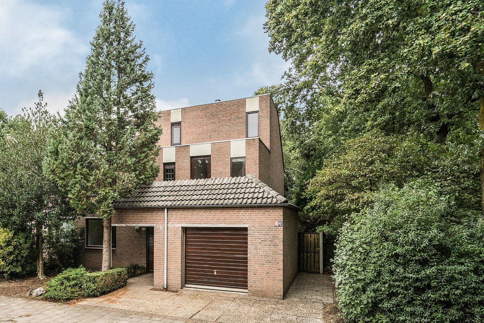 Jan van Vlissingenhof 17, Helmond