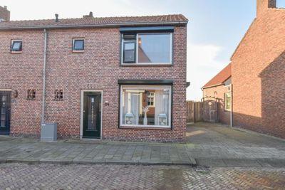 Torenplein 24, Oosterland