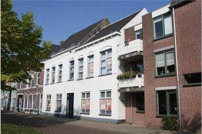 Pasbaan, Breda