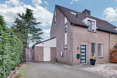 Hoefberg 23, Rosmalen