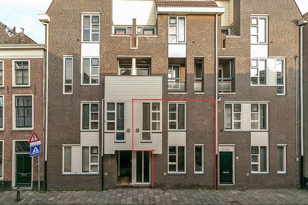 Noordeinde 10, Leiden