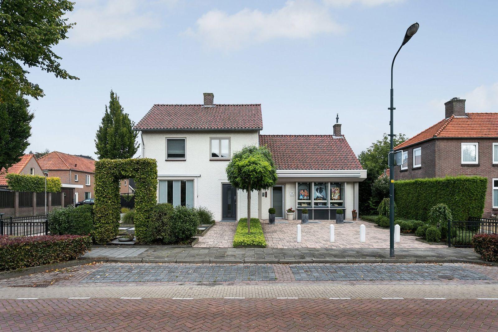 Nieuwstraat 44, Hapert