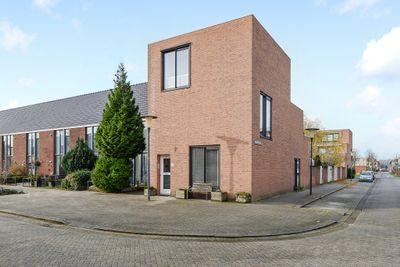 Pernisstraat 73, Zoetermeer