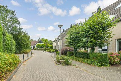 Burgemeester de Bruynstraat 9, Beusichem