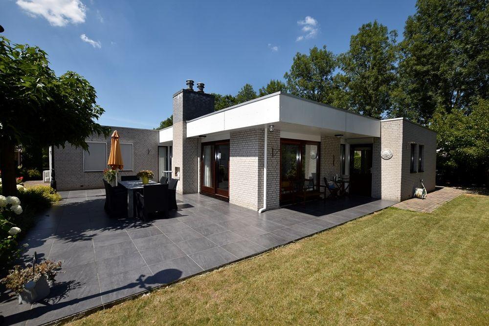 Beukenhof 251, Lelystad