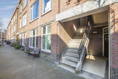Rhododendronstraat 103, 's-gravenhage