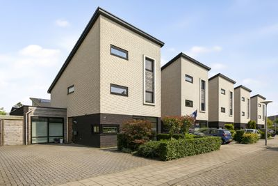Mierberg 28, Roosendaal