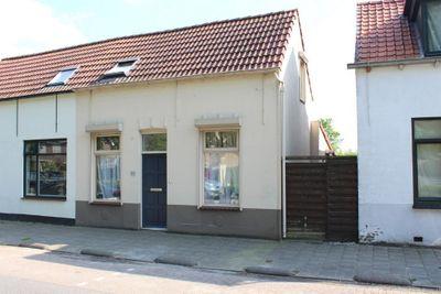 Zandstraat 109, Sas van Gent