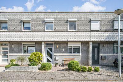 Plantagobeemd 63, Maastricht