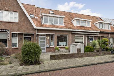 Duiventorenstraat 21, Naaldwijk
