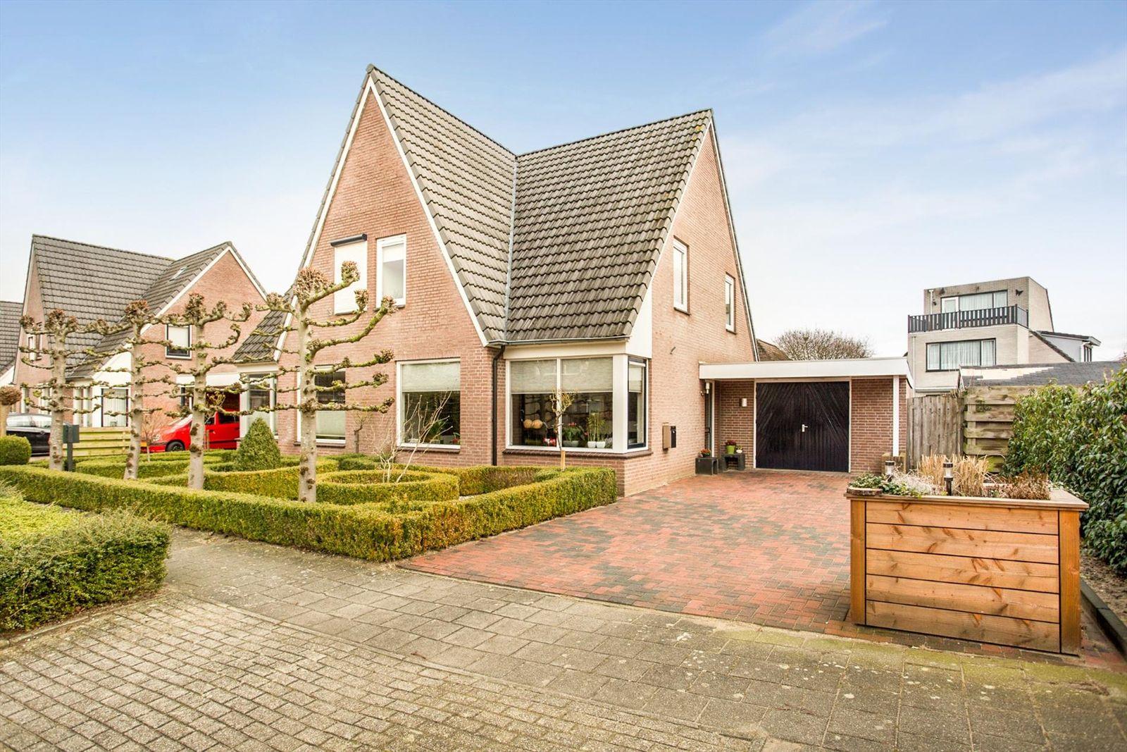 Hortenbergh 2, Doornenburg