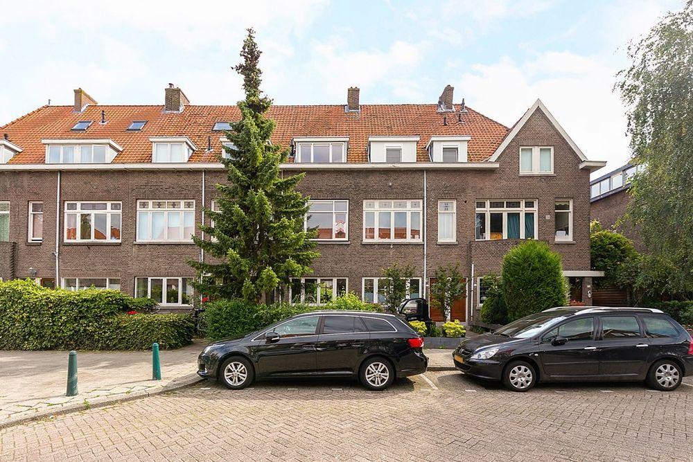 Juliana Van Stolberglaan 71b, Rotterdam