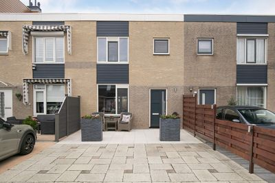 Dagpauwooghof 34, Schiedam