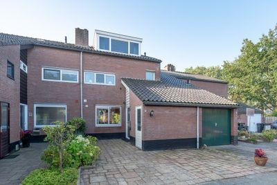 Krekelmeent 25, Hilversum