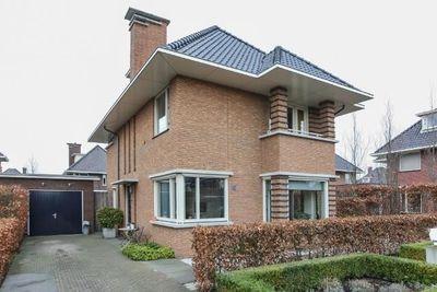 Liechtensteinhof, Dordrecht