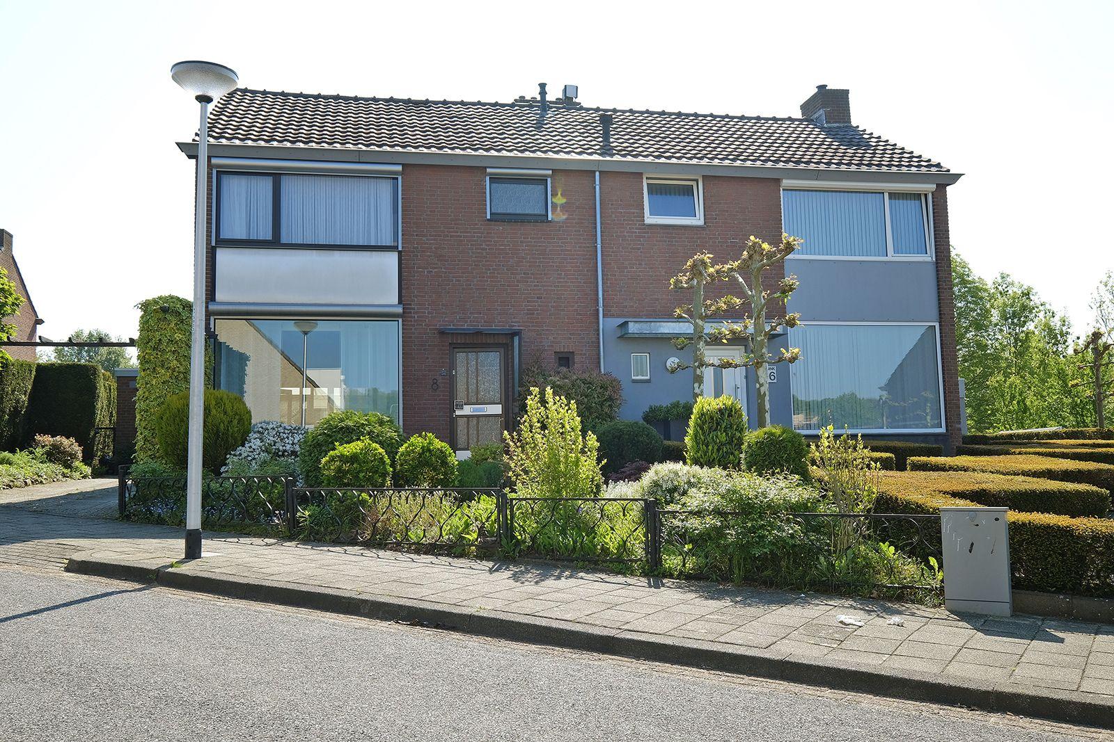 Marconistraat 8, Hoensbroek