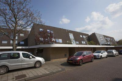 Fakkelgras 40, Leiden