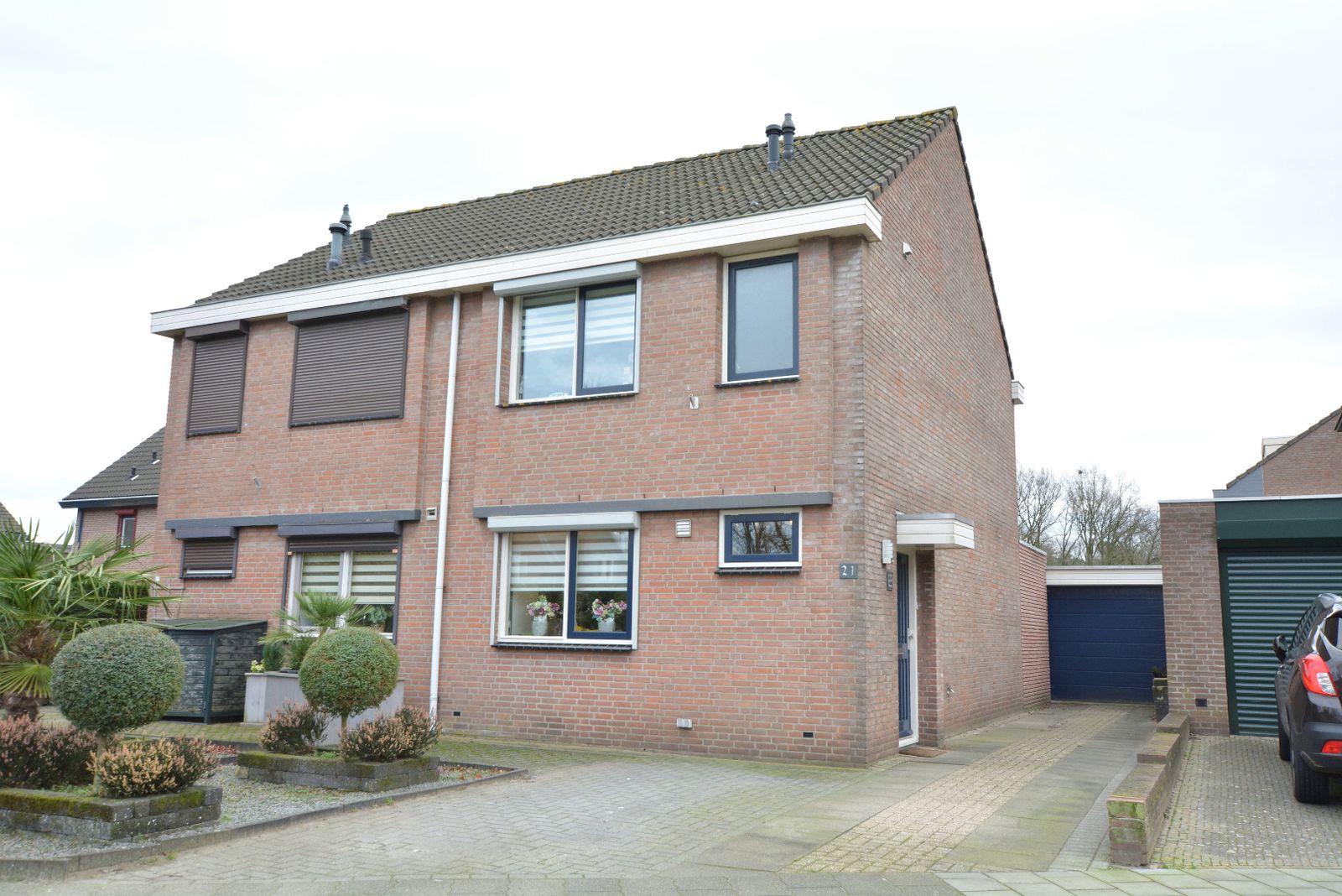 Mgr Poelsstraat 21, Hoogerheide