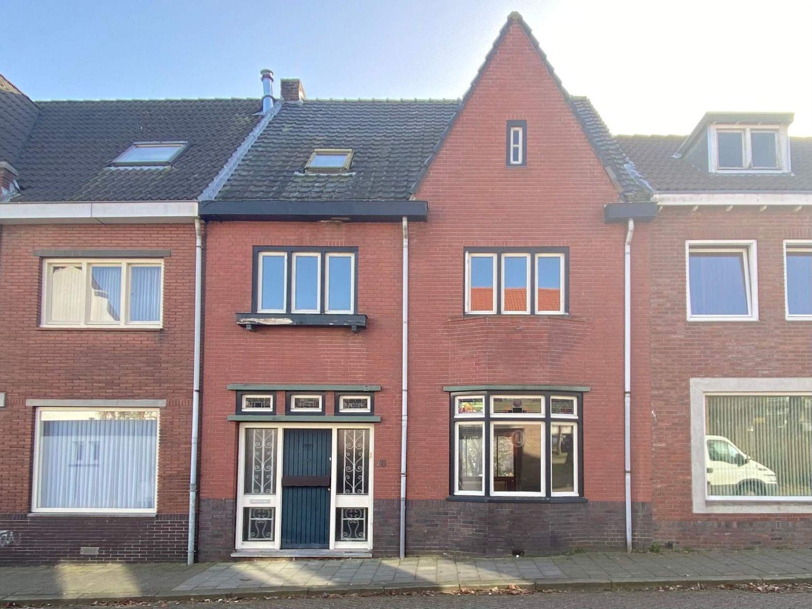 Rietrastraat 13, Hoensbroek