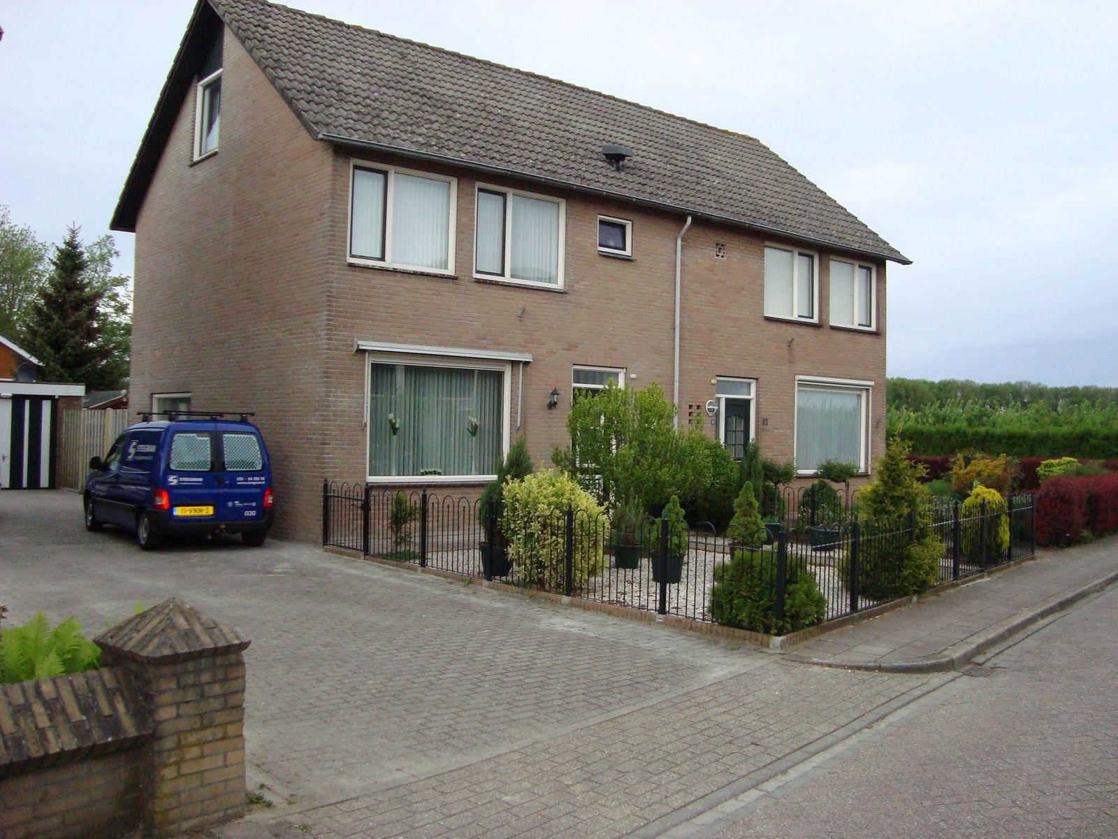 Anna van Burenstraat 29, Buren