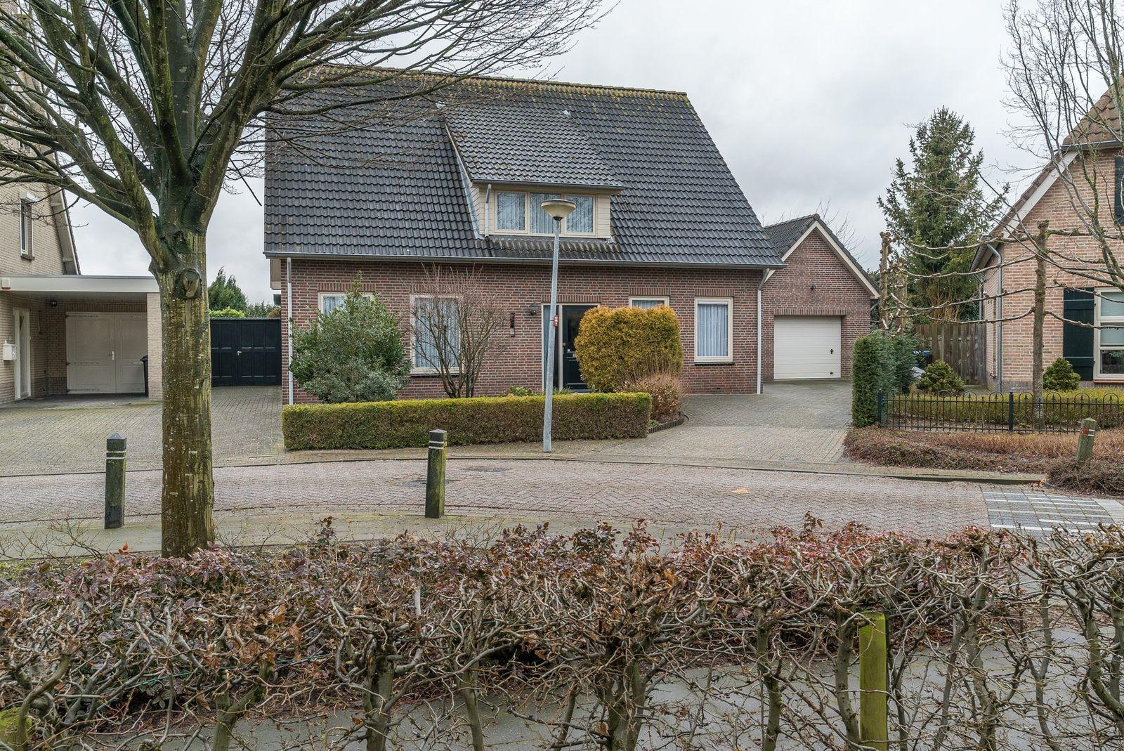 Pastoor Wassenbergstraat 8, Velddriel