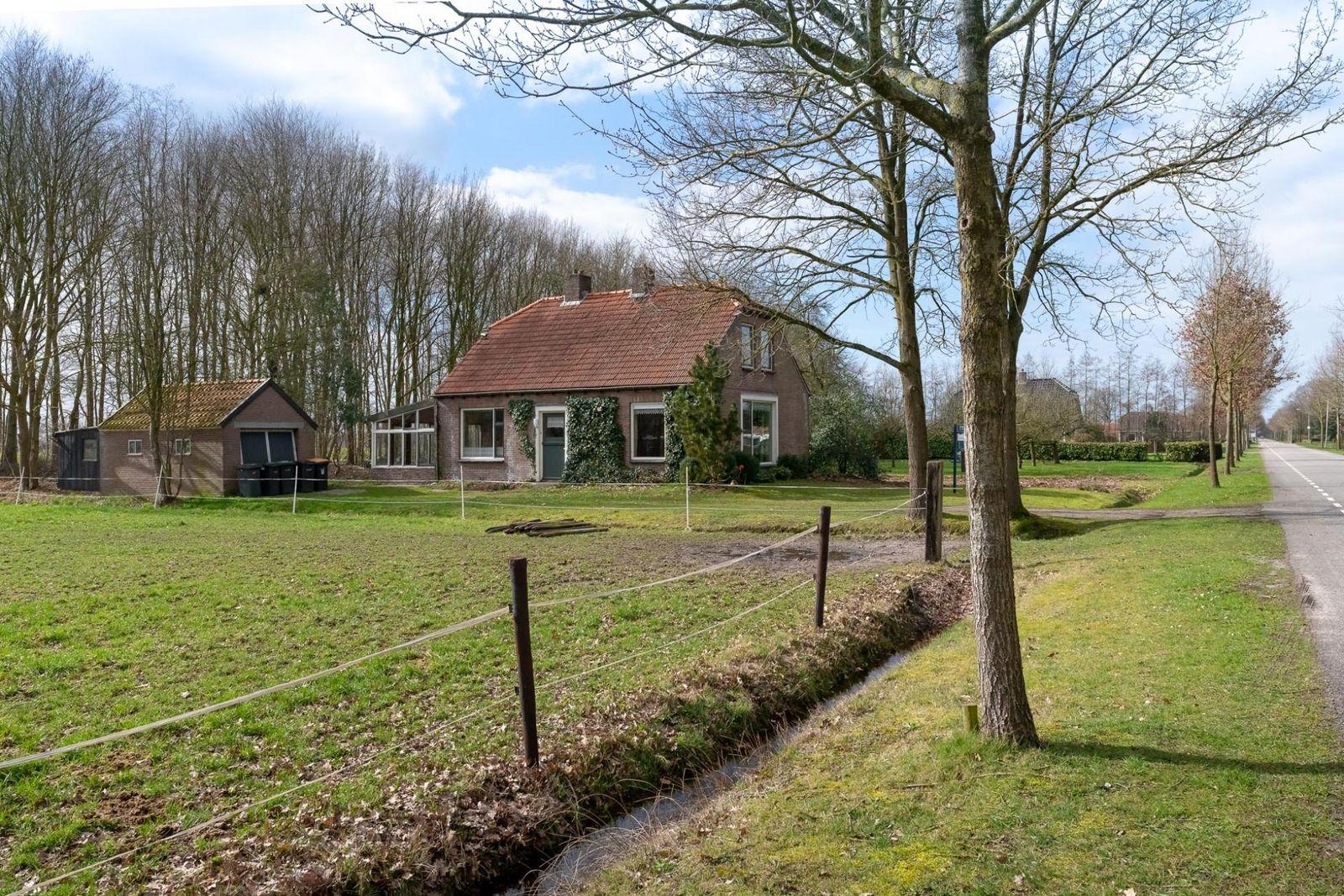 Mr. Harm Smeengeweg 31, Witteveen