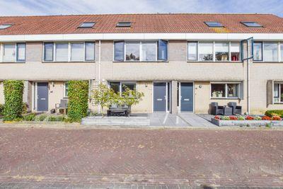 Reephof 6, Wemeldinge