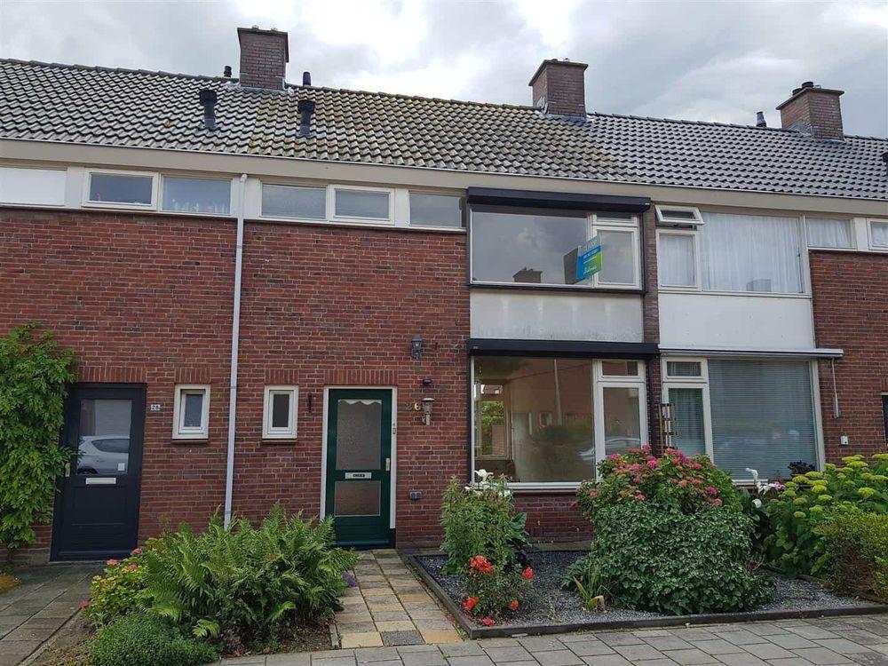 A. M. de Jongstraat 26, Nieuw-Vossemeer