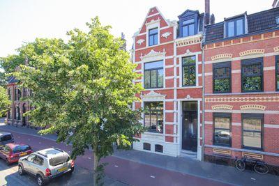 Burgemeester van Rijnsingel 17, Venlo