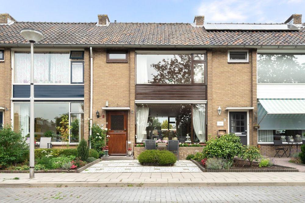 Anna van Saksenstraat 5, Waddinxveen