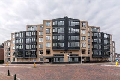 Burgemeester van Loonstraat 137, Steenbergen