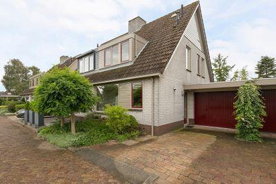 Wim van de Kappellehof 7, Wormer