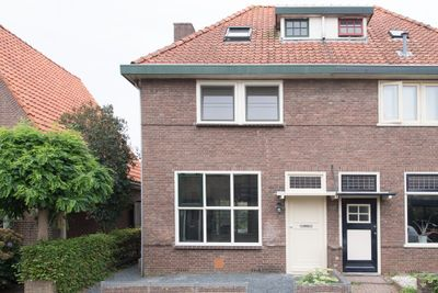 Julianastraat 9, Steenwijk