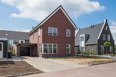 A G Van Alfenstraat 3, Ijzendoorn