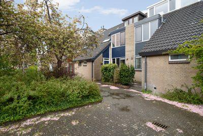 Irisveld 6, Nieuwerkerk aan den IJssel