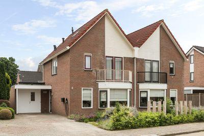 Houtwal 8, Wierden