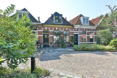 Eerste Spoorstraat 32, Groningen