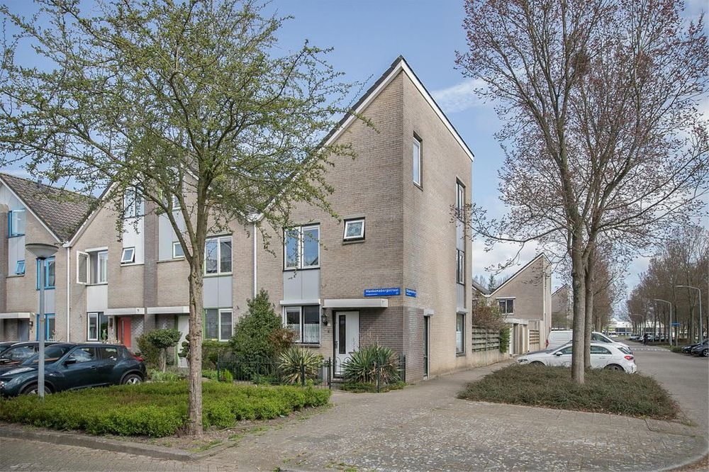 Menkemaborgstraat 2, Almere