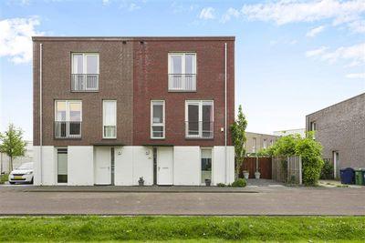 Eddastraat 14, Almere